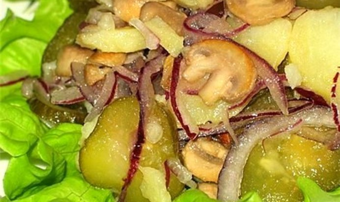 Салат гриби на галявино фото