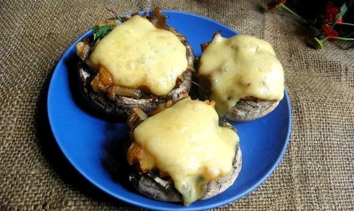 Шампиньоны с сыром и чесноком в духовке рецепт с пошагово