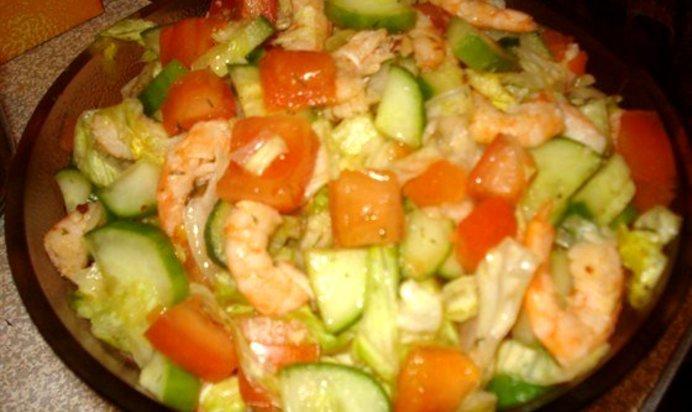 Салат из креветок с овощами простой рецепт
