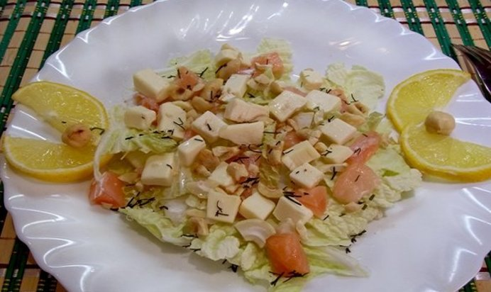Салат из слабосоленой рыбы фото