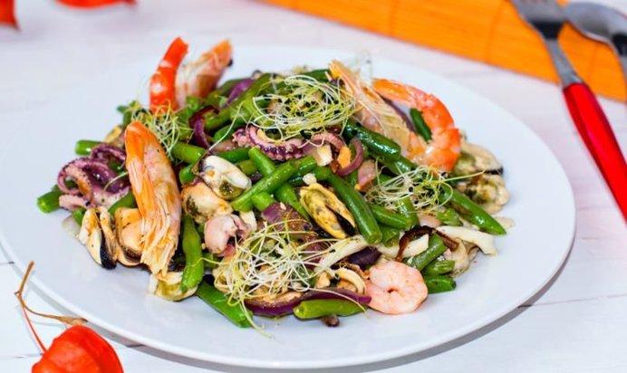 Простые рецепты салатов из морепродуктов с