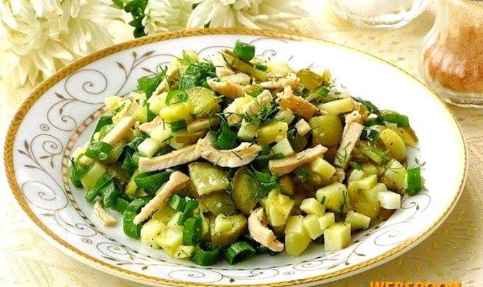 Салат из кальмаров и соленых огурцов рецепт с очень вкусный с