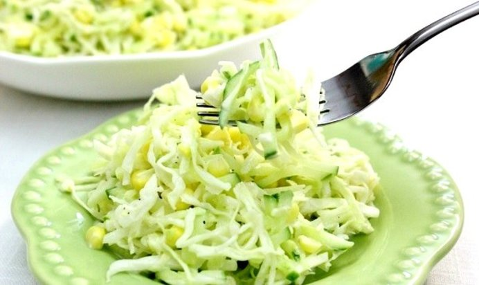 Рецепты салатов с кукурузой и капустой рецепт с