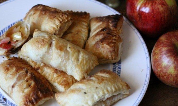Пирожки с яблоками из готового теста рецепты