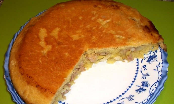 Пирог с мясом рецепт на сковороде с