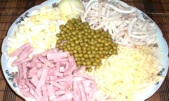 Салат из кальмаров с ветчиной рецепт с
