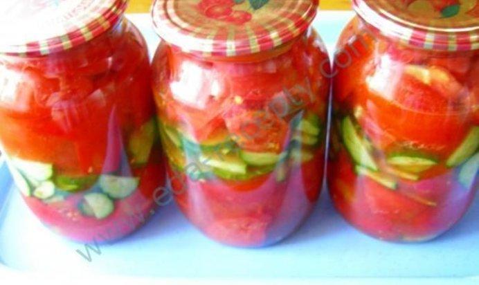 Консервированный салат из помидоров и огурцов рецепт с