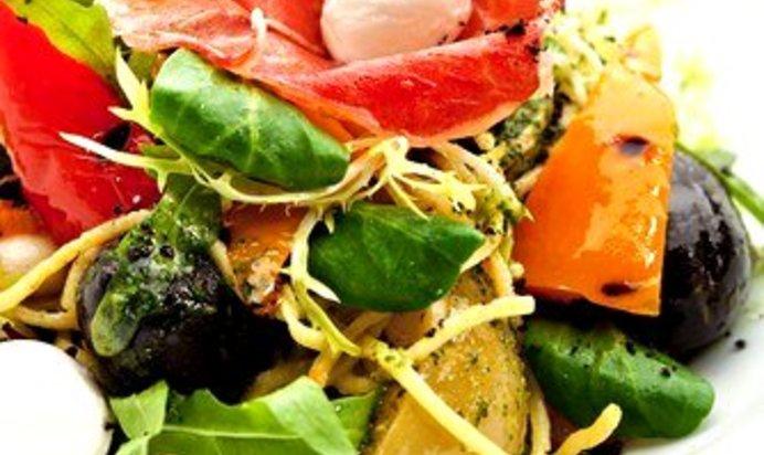 Салат с маслинами рецепт с простой пошагово
