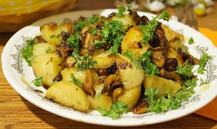 Жареные лисички с картошкой рецепт с пошагово