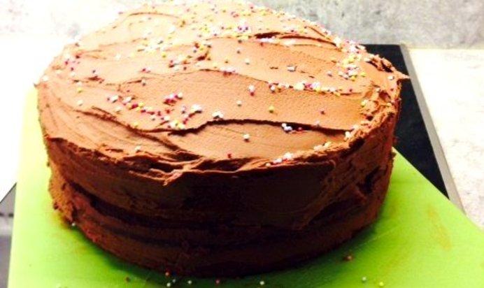 Торт на сметане с шоколадом