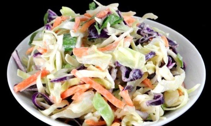 Простые салаты со сметаной рецепты