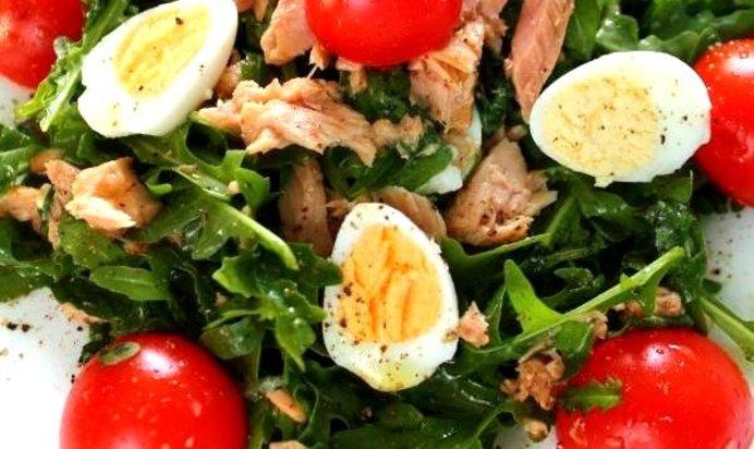 Рецепт салата с руколой и тунцом