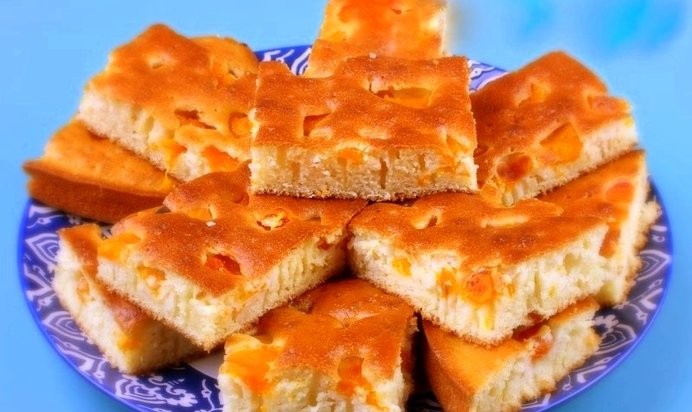 Пирог на кефире с абрикосом с фото