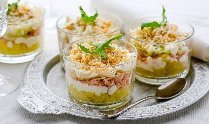 Рецепты слоеных салатов и закусок
