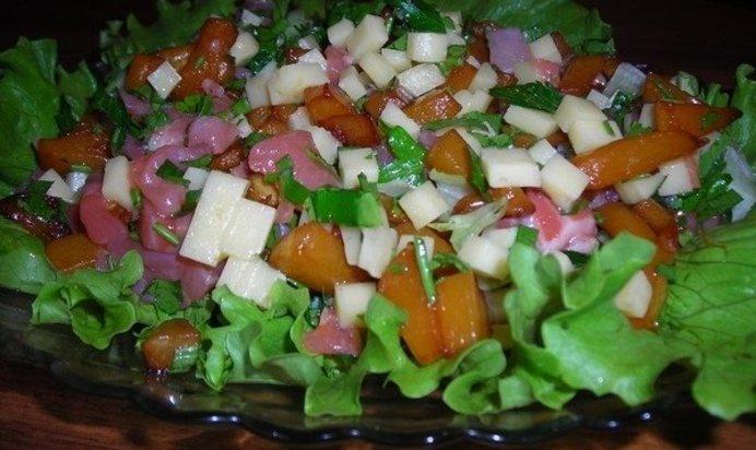 Рецепт салата овощной с крабовыми палочками