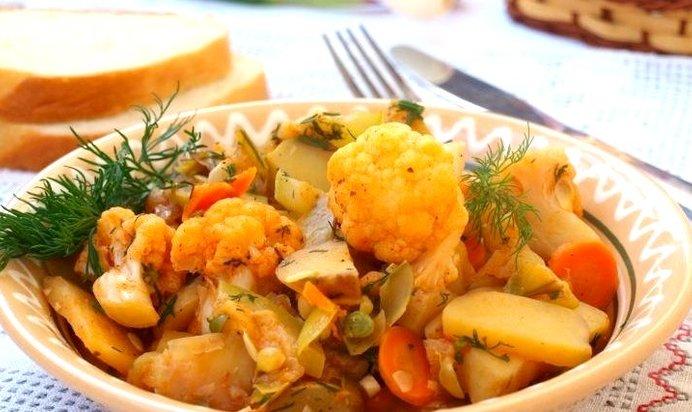 Рагу овощное с мясом цветной капустой