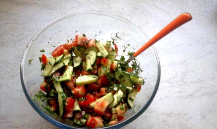 Быстрые салаты из овощей фото