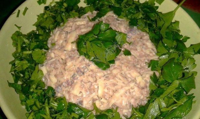 Салат рыбные консервы сайра