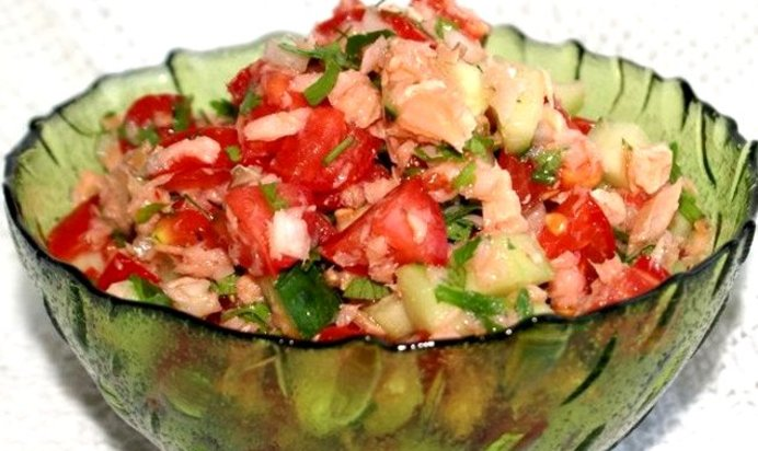Салаты с красной рыбой рецепты с пошагово