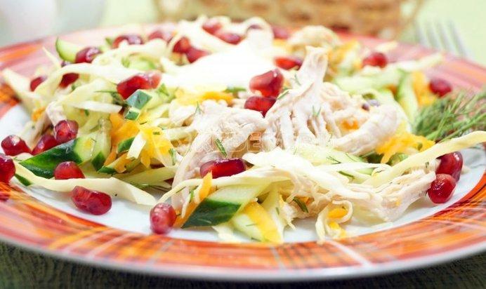 Вкусный салат с курицей рецепт
