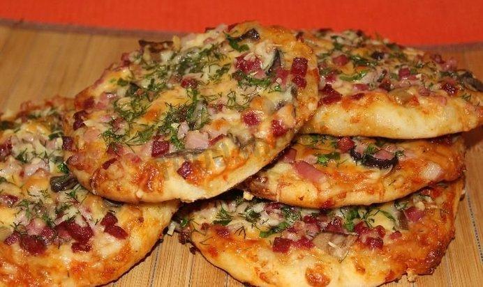Пицца рецепт с фото пошагово тонкая