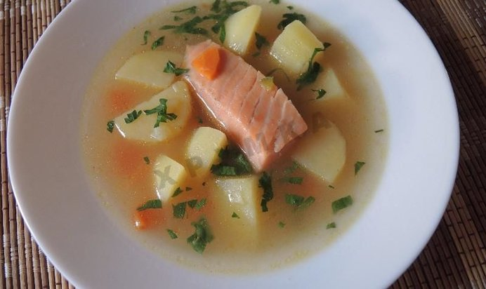 Рецепт ухи из красной рыбы пошагово с фото