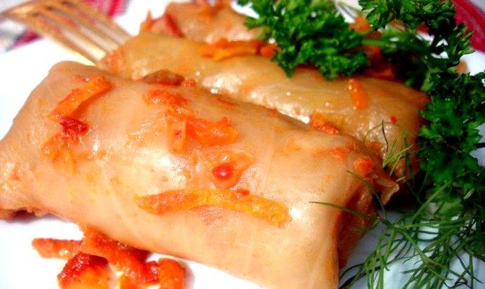 Салат с сухариками и маком рецепт