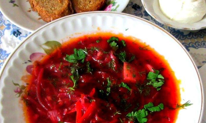 Суп из красной капусты: объяснение, как выбрать овощ, и можно ли варить из него кушанье, а также рецепты блюд с фото