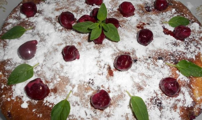 Рецепт шарлотки вишней мультиварке фото