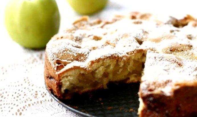 Вкуснейшая шарлотка с яблоками рецепт с фото пошагово в духовке