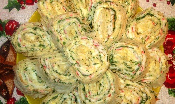 Рулет из лаваша с сыром и крабовыми палочками рецепт пошаговый