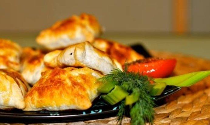 Рецепт самса слоеная курицей фото