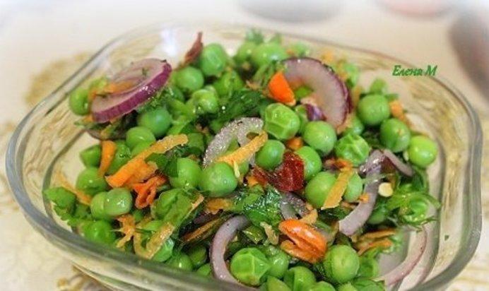 Салат с зеленом горошком простой
