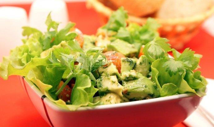 Рецепт салата с авокадо и креветками пошаговый