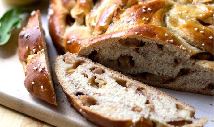 Яблочный пирог с медом рецепт с фото
