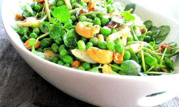 Фото салат из горошка