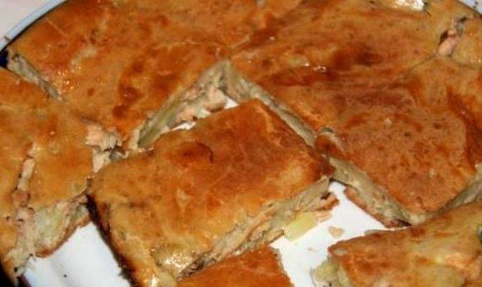 Быстрый пирог с рыбой на кефире и майонезе рецепт