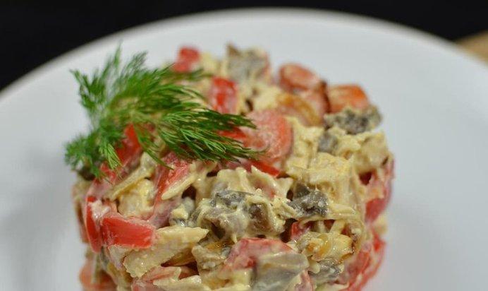 Салат с солеными огурцами и мясом рецепты 36
