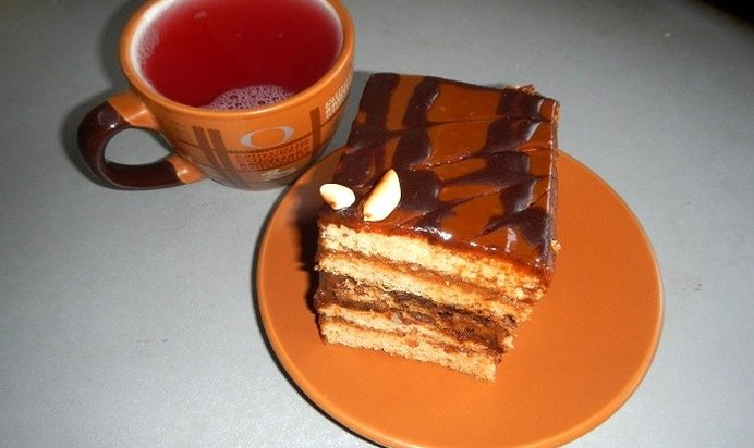 Крем со сгущенкой для торта медовика