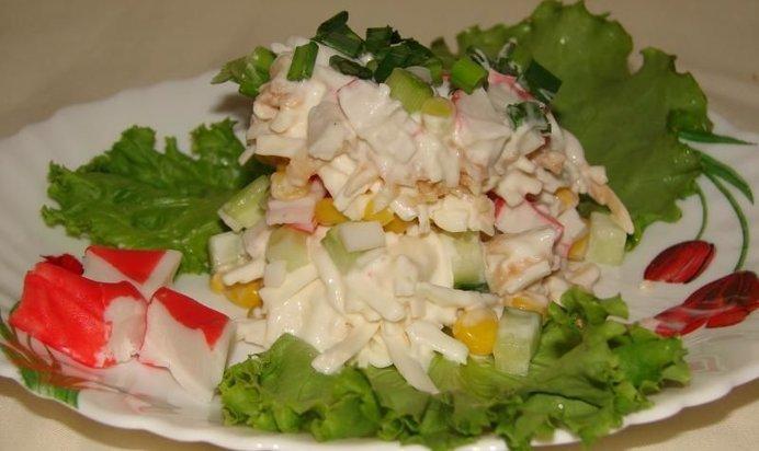 Фото крабового салата с сыром