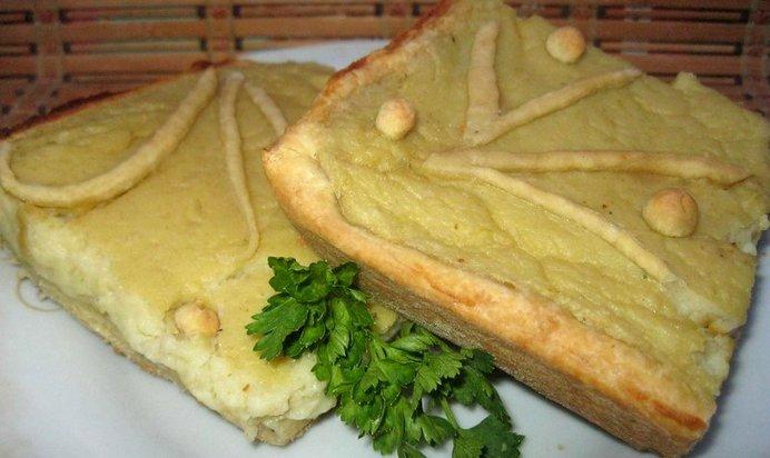 Пирог с толченой картошкой в духовке рецепт