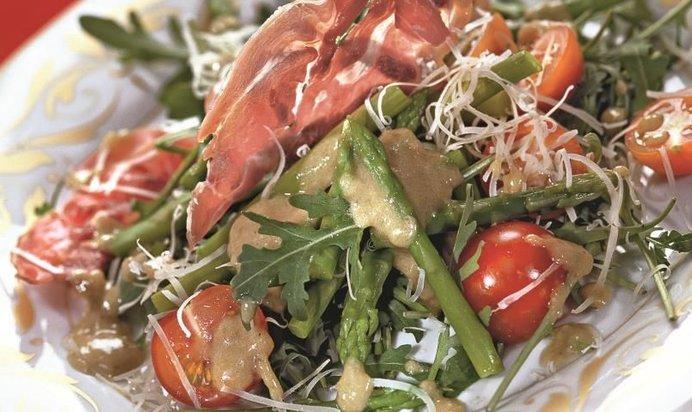 Рецепт салата с ветчиной рецепт пошаговый