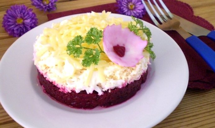 Салат из свеклы слоеный рецепт пошагово