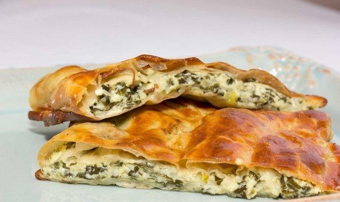 Сырный пирог с колбасой на скорую руку рецепт 5: творожные пирожки с зеленым луком и рисом.