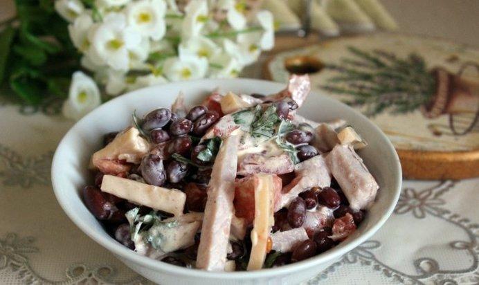 Салат с копченым мясом рецепт с фото