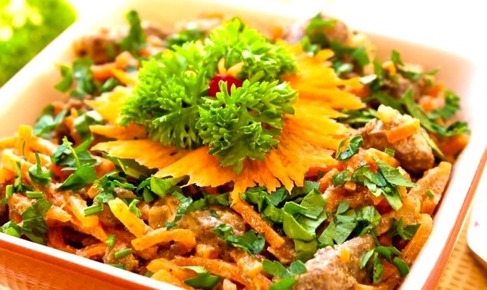 Печеночный салат с морковью и луком рецепт